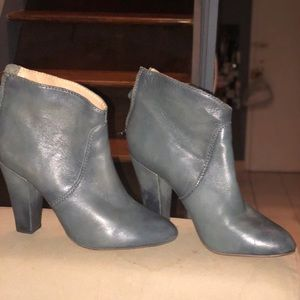 Let her ankle boots